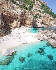 Europe beach in Italy - Looking for the best Europe beach destinations to hit this summer vacation? Checkout our list of the top 10 beaches in Europe! Beautiful Islands, Beautiful Beaches, Beautiful World, Destin Beach, Beach Trip, Europe Beaches, Photos Voyages, Beaches In The World, Island Beach