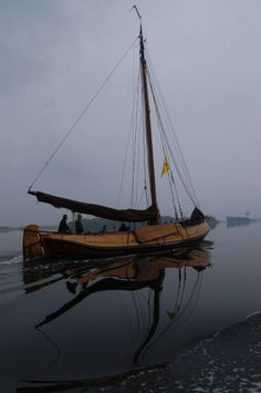 Skutjes Dutch Barge, Wooden Ship, Sail Away, Wooden Boats, Mirror Image, Sailboats, Sailing Ships, Shadows, Netherlands