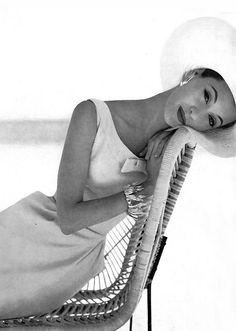 Barbara Mullen Black and White fashion Photography