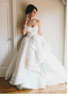 ♛  Haute Couture Wedding Gowns | Custom Made Wedding Dresses