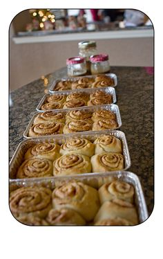 @pioneerwoman 's cinnamon rolls