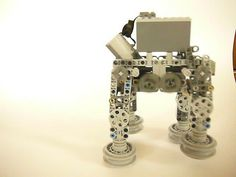 https://flic.kr/p/odo7ZA   P1060887   Here you can see my AT-AT Walker without the decoration elements. The walking mechanism is completely build out of Lego Technic pieces.