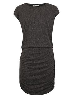 Classic and basic grey dress. Perfect with leather jacket and converse.