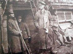 German soldiers (Mauser pistol)