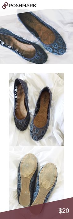 Lucky Brand Lace Flats Lucky Brand Lace Flats.  Women's size 7.5.  Great condition.  No box. Lucky Brand Shoes Flats & Loafers