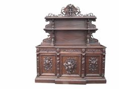 78: Large scale French Louis XIII huntboard with carved : Lot 78