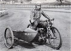 1922 Harley Davidson track racer with FLXI sidecar Harley Davidson Sidecar, Harley Davidson Motorcycles, Racing Motorcycles, Vintage Motorcycles, Motorcycle Dirt Bike, American Racing, Old Bikes, Dirt Bikes, Bike Rider