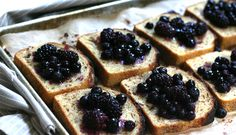 7 Satisfying Breakfast Recipes via @PureWow