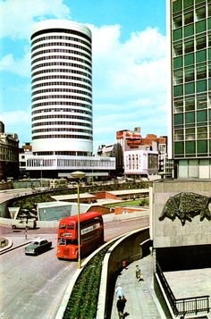 retroreverbs: The most striking feature of Birmingham's modern city centre is the Rotunda. Birmingham City Centre, Round Building, Birmingham England, Modern City, West Midlands, City Buildings, Great Britain, Old Photos, United Kingdom