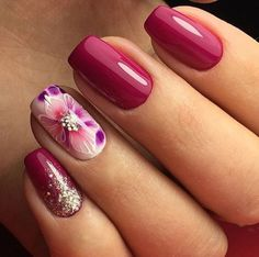 We all want beautiful but trendy nails, right? Here's a look at some beautiful nude nail art. Fabulous Nails, Gorgeous Nails, Cute Nails, Pretty Nails, Nail Picking, Flower Nails, Beautiful Nail Art, Creative Nails, Nail Arts