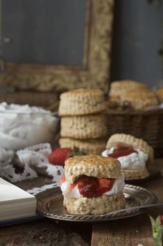 Scones de Mascarpone de El Hobbit Lorraine, Scones, English Food, The Hobbit, Waffles, Pie, Breakfast, Desserts, Recipes