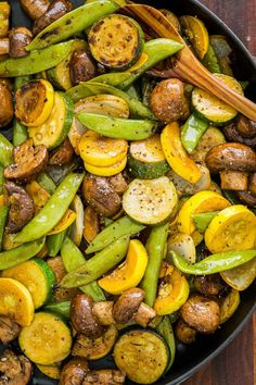 Nothing like the sweet smell of Grilled Vegetables. Balsamic Grilled Zucchini an… Nothing like the sweet smell of Grilled Vegetables. Balsamic Grilled Zucchini and Mushrooms is one of our favorite grilling sides. Easy with 15 minute prep. Best Grilled Vegetables, Grilled Vegetable Skewers, Grilled Vegetable Recipes, Grilling Recipes, Vegetarian Recipes, Cooking Recipes, Vegetarian Grilling, Healthy Grilling, Barbecue Recipes
