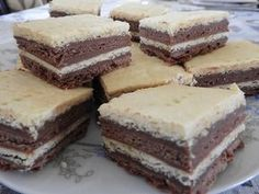 Tiramisu, Food And Drink, Sweets, Ethnic Recipes, Desserts, Cakes, Sweet Pastries, Gummi Candy, Candy Notes