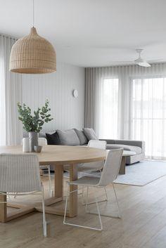 Home Living Room, Living Area, Living Room Decor, Nordic Living Room, Appartement Design, Dining Room Inspiration, Dining Room Design, Minimalist Home, Home Interior Design
