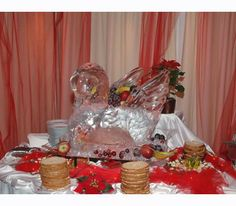 ideal for any event that includes buffet Swan, Buffet, Ice, Table Decorations, Elegant, Home Decor, Classy, Swans, Decoration Home