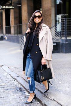 Jeans e sobreposição de casacos: produção de inverno interessante!