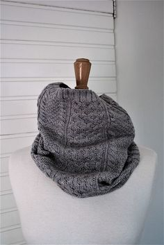 Cabled Cowl #90589AD by Lion Brand Yarn, knitted by vervlogendagen | malabrigo Lace in Polar Morn