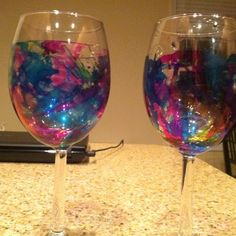 Alcohol ink and wine glasses, cheers! Alcohol Glasses, Alcohol Ink Glass, Alcohol Ink Crafts, Alcohol Ink Painting, Alcohol Inks, Wine Glass Crafts, Wine Bottle Crafts, Mermaid Crafts, Hand Painted Wine Glasses