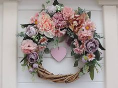 Clarah / Celoročný pivonkový veniec Floral Wreath, Wreaths, Home Decor, Floral Crown, Decoration Home, Door Wreaths, Room Decor, Deco Mesh Wreaths, Home Interior Design