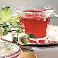 Erdbeergelee mit Rosenwasser