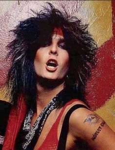 Tommy Lee Nikki Sixx Rare Photos Mick Mars Vince Neil Addiction Rock And Roll Bands Rock N Roll
