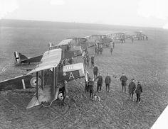 BRITISH AIRCRAFT FIRST WORLD WAR 1914-1918 (Q 12015) A Flight of De Havilland Long Distance Day-Bombing Machines. Serny Aerodrome, 17 February 1918.