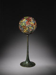 Tiffany Autumn Leaf Globe Lamp