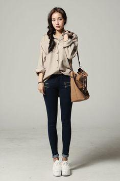 Casual korean outfits, korean casual, plaid outfits, korean style, as Korean Street Fashion, Korean Fashion Trends, Asian Fashion, Trendy Fashion, Fashion Models, Fashion Black, Fashion Fall, Pink Fashion, Style Fashion