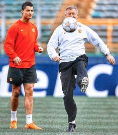 Manchester United Training, Manchester United Football, Nba, Cristiano Ronaldo 7, Sir Alex Ferguson, Man United, Champions League, Soccer, The Unit