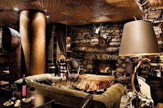 Le Bar du Lodge Park Hôtel de Megève pour un après-ski trendy et décontracté.