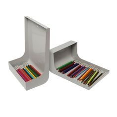 What a great solution for kids (or adults) endlessly digging through the box of colored pencils.