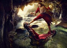 Annie Leibovitz: Disney Dream Portrait Series - Russell Brand (Captain Hook)