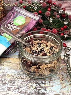 A bolti zabpelyheket, müzliket azt hiszem mindenki ismeri. Gyanítom ennek a terméknek januárban jelentősen megindul a kereslete, a januárban... Healthy Sweets, Granola, Acai Bowl, Oatmeal, Meals, Cooking, Breakfast, Kitchen, Food