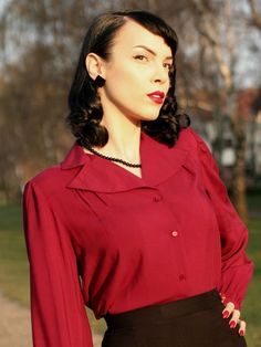 Olivia Long Sleeved Blouse - Burgandy