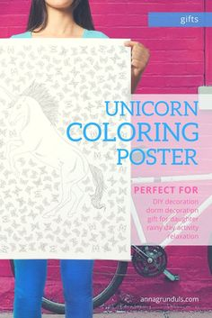 How amazing is this unicorn coloring poster?! It's perfect for so many things! Use it as a DIY decoration, hang it in your dorm room or it's you're not the crafty type yourself - buy it as a gift for the crafty woman in your life :)