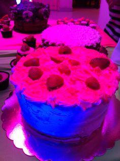 Cake Red velvet con fresas
