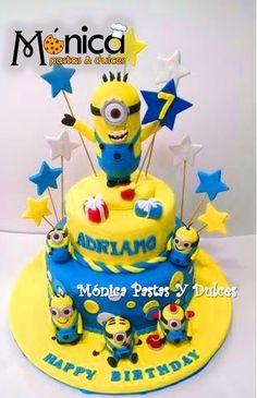 Torta Minion , con detalles únicos en ella elaborado por MONICA PASTAS Y DULCES