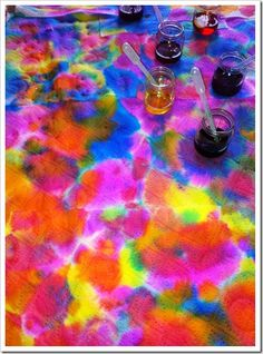 liquid water colors and paper towels, oh the simplicity and beauty!
