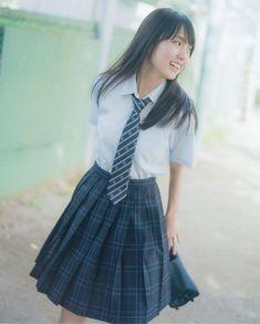 えふ◢⁴⁶さんはInstagramを利用しています:「かっきー投下(ง ˙˘˙ )ว · · · #乃木坂46 #nogizaka46 #アイドル #美人 #賀喜遥香 #kakiharuka #かっきー #4期生 #乃木坂好きな人と繋がりたい」 Japanese High School Uniform, Japan School Uniform, School Uniform Fashion, School Girl Japan, School Uniform Girls, Japan Girl, School Uniforms, Schoolgirl Style, Cute Girl Dresses