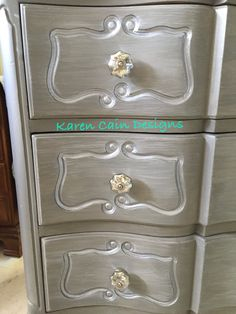Paris grey base and French Linen wash, by Karen Cain Designs ☺️