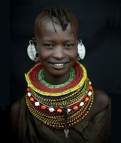 Um pequeno passeio pela tribos da África- tribo Himba