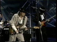 """SRV's Unforgettable Live Performance Of """"The House Is Rockin'"""" On The Tonight Show 
