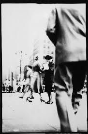 Photo by Saul Leiter Saul Leiter, Street Photography, Art Photography, Timeless Photography, Creative Photography, Pittsburgh, New York School, Robert Frank, Berenice Abbott