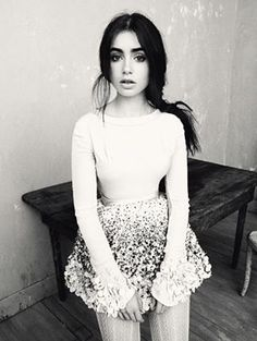 lily collins. Who wouldn't wanna be her?