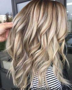 Erstaunliche Sand-Blonde Lange Haare Stil