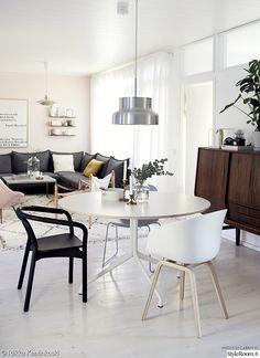 olohuoneen sisustus,olohuone,keittiö,ruokapöytä,makuuhuone,työhuone,parveke