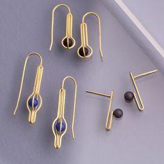 いいね!243件、コメント3件 ― e.g.etal Jewellery Melbourneさん(@egetal)のInstagramアカウント: 「Golden cages, loops and folds house coloured droplets. Daehoon Kang's delicate earrings combine…」
