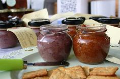 For a fun and festive family outing, local farmers' markets tick all the boxes. Here's our pick of the best markets in Cape Town. Family Outing, Cape Town, Farmers Market, Marketing, Places, Food, Essen, Meals, Yemek