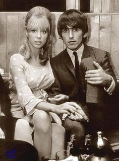 (left to right) G's father - Harold, G's mother - Louise, Pattie Boyd, George Harrison and G's brother - Peter ? George Harrison Pattie Boyd, London Nightclubs, Something In The Way, British Invasion, The Fab Four, Oui Oui, Ringo Starr, Eric Clapton, Paul Mccartney