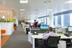 Begini kantor yang mengusung konsep open office, kantor terbuka yang menghilangkan sekat-sekat pemisah antar karyawan. #kantor #office #openoffice